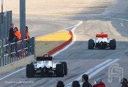 F001.Kobayashi.Hamilton.Valencia.02Fev.F002.F1ShortMessage.2010.500x343