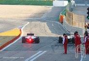 F002.Barrichello.Massa.Valencia.02Fev.F002.F1ShortMessage.2010.500x343