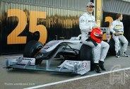 MercedesGP-Petronas.F002.F1ShortMessage.2010.500x343