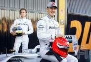 MercedesGP-Petronas.F004.F1ShortMessage.2010.500x343