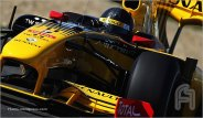RobertKubica.F004.F1ShortMessage.2010.600x350